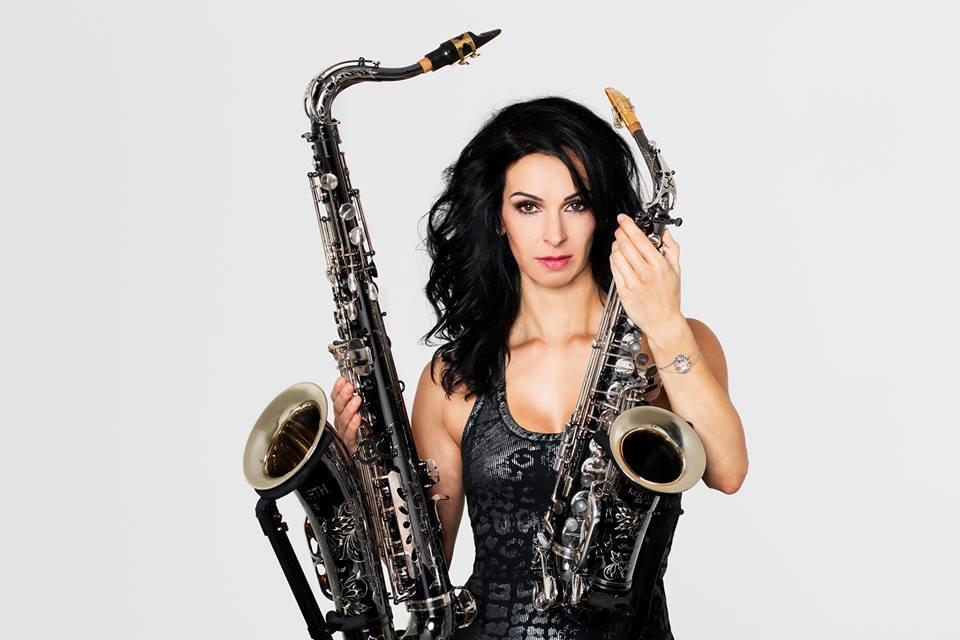 Angela Puxi (Keilwerth SX90R Shadow. alt i tenor saksofon) Foto: Frank Böttner