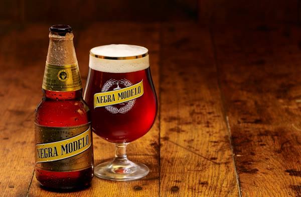 Negra Modelo - meksičko pivo Izvor: Cantina Mexicana Chiuhauha