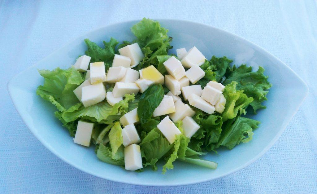 Zelena salata s mozzarelom - Restoran Santo - Bol - Brač, Foto: Josip Novosel, Flash.hr