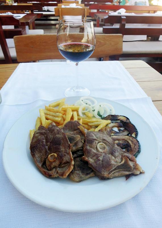Janjetina - Restoran Santo - Bol - Brač, Foto: Josip Novosel, Flash.hr