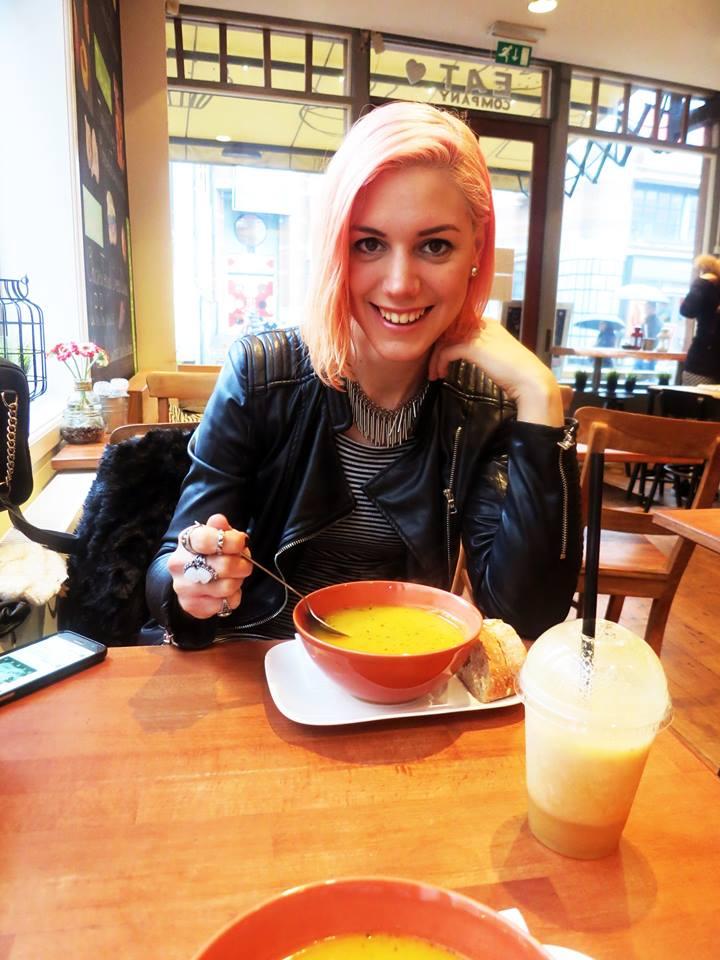 Matilda samo na prvi pogled djeluje umiljato dok jede juhu. Foto: Josip Novosel, Flash.hr