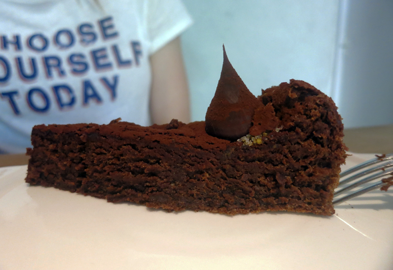 Louie Cafe & Kitchen - Čokoladni kolač Foto: Josip Novosel, Flash.hr