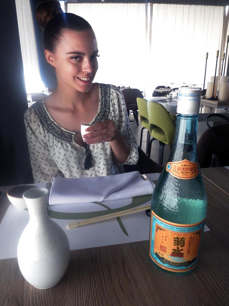 TAKENOKO Irena Jakičić prvi put pije japansku rakiju Foto: Josip Novosel, Flash.hr