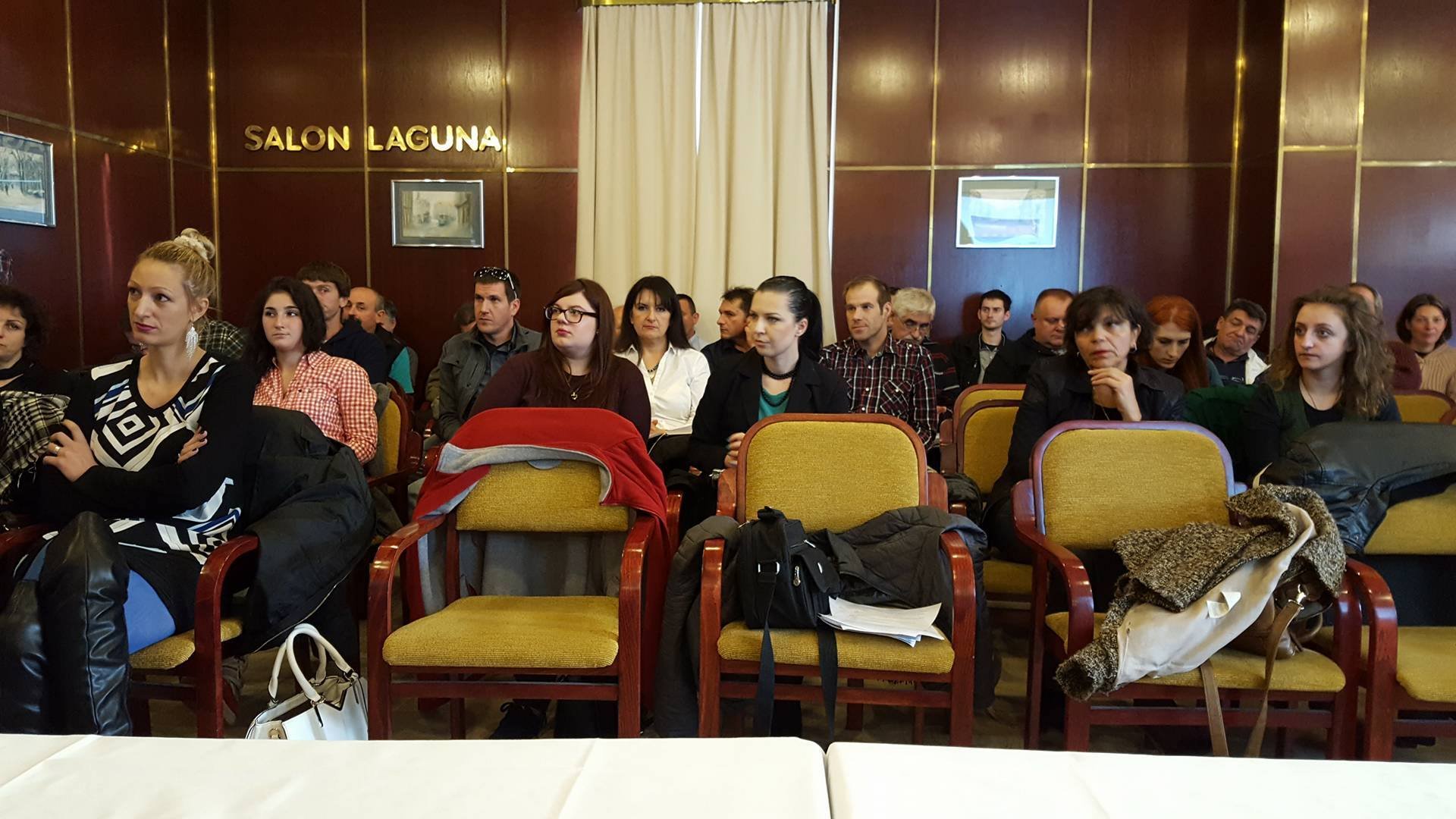 Slobodna Hrvatska - skupština u hotelu Laguna