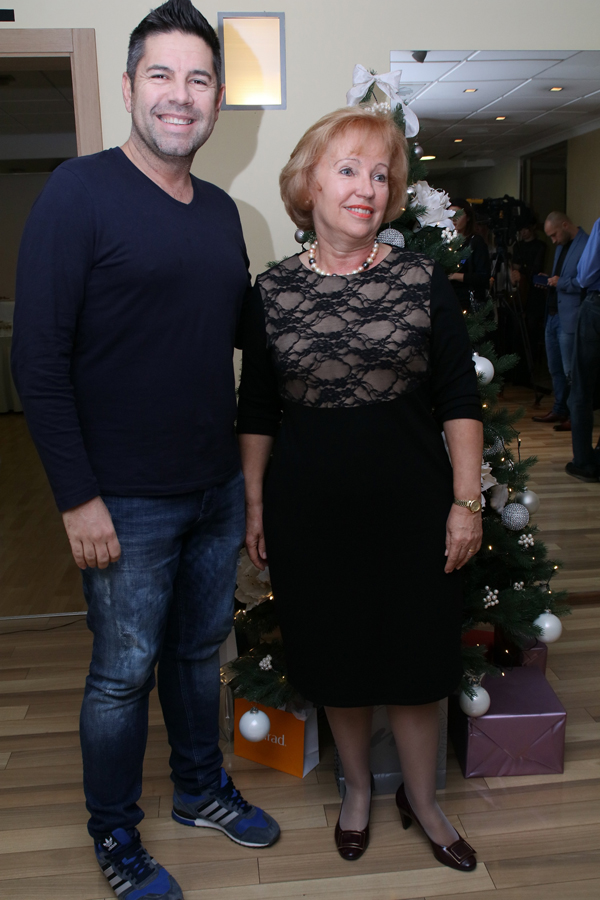 Murad centar - Božićni domjenak Pr foto