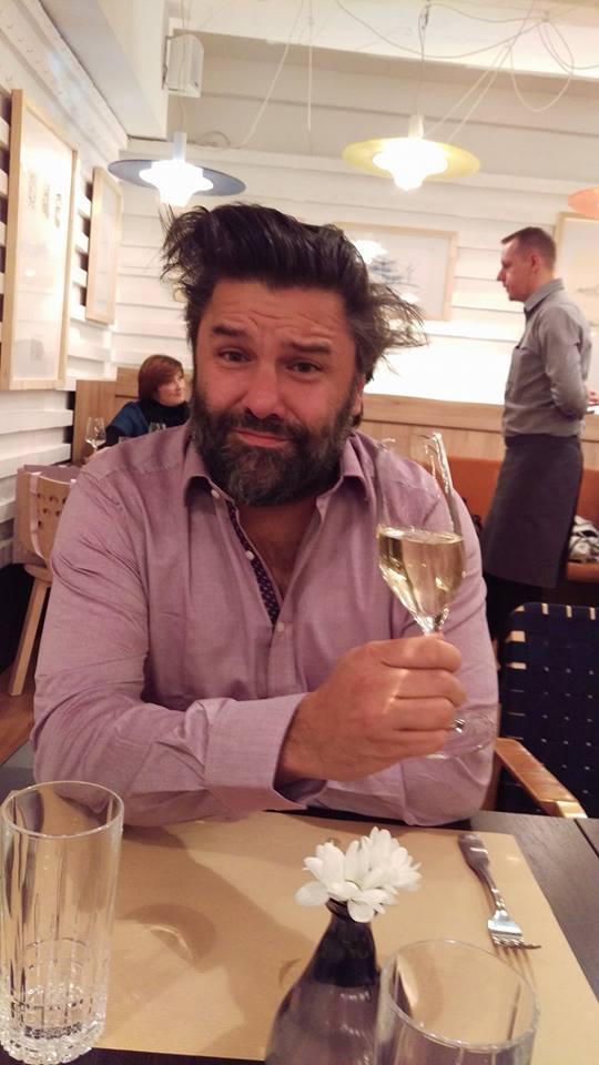 Restoran Voncimer Charles ispija šampanjac Foto: Josip Novosel, Flash.hr